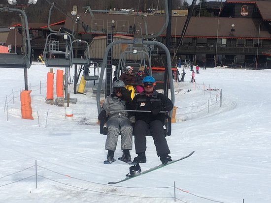 Appalachian ski mountain blowing rock all you need to for App ski mountain cabin rentals