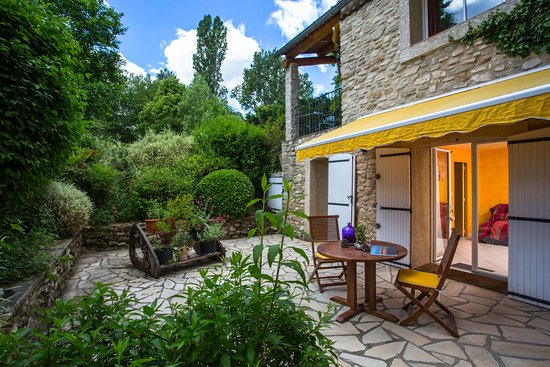 terrasse suite rez de chauss e picture of la campagne st lazare forcalquier tripadvisor. Black Bedroom Furniture Sets. Home Design Ideas