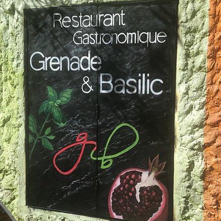 Grenade et Basilic