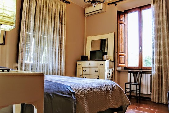 b b pisa belleville h tel pise italie voir les tarifs 14 avis et 114 photos. Black Bedroom Furniture Sets. Home Design Ideas