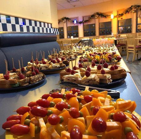 De Dutch Pannekoek House Restaurants Buffet Style Food Is Also Available For Large Groups