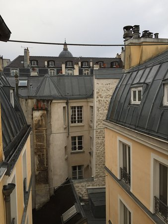 Vue sur Cour - Picture of Hotel Atmospheres, Paris - TripAdvisor