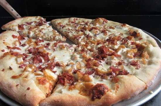 Berwick, PA: Chicken Ranch Pizza with Bacon