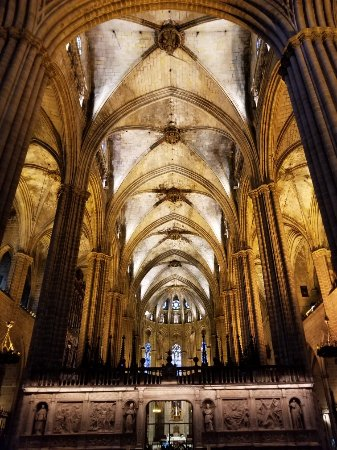 Barcelona Turisme Gothic Quarter by Night Tour