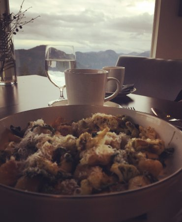 Summit Restaurant overlooking Malahat - amazing gnocchi!