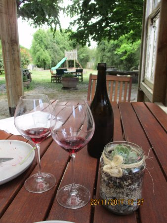 Richmond, Nueva Zelanda: The Cellar Door Restaurant & Cafe - setting