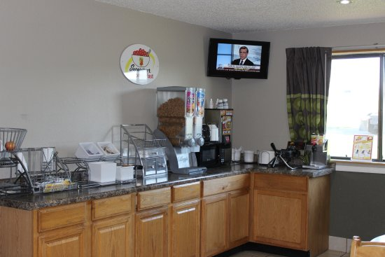 Wyoming, MI: Complimentary Continental Breakfast