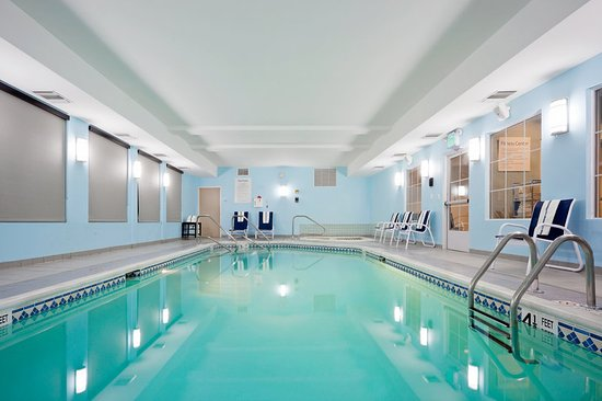 Holiday Inn Express Hotel & Suites West Coxsackie: Pool