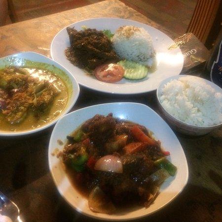 Living Room Cafe Bar Gallery Batu Ferringhi Recenze Restaurace Tripadvisor