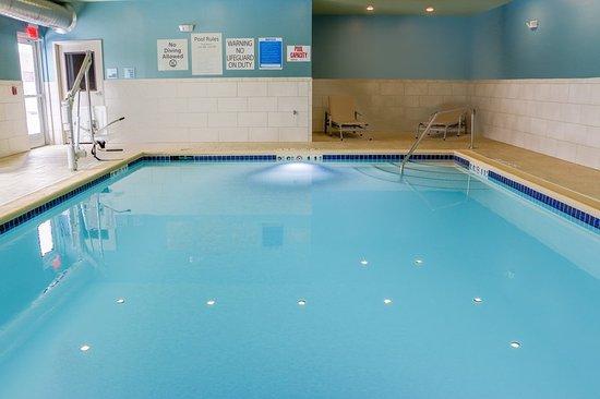 Livonia, MI: Pool