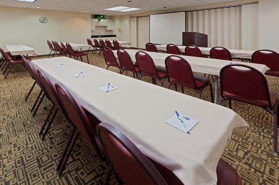 South Charleston, WV: Meeting room