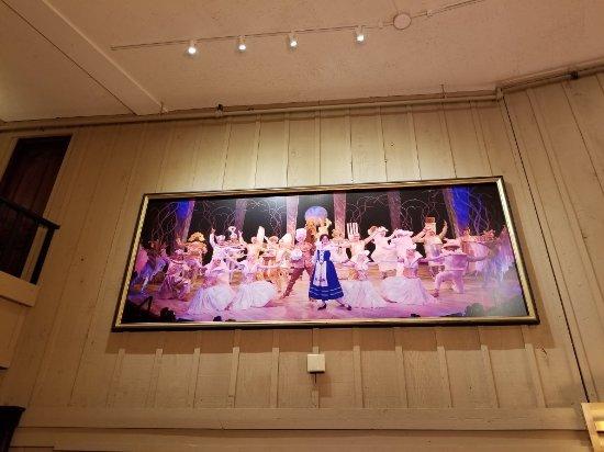 Chanhassen Dinner Theatres: 20180210_112903_large.jpg