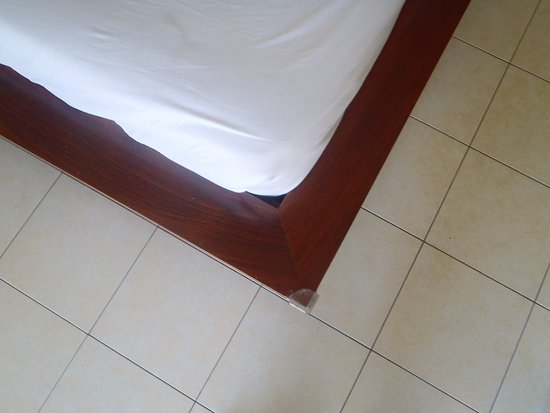 The Melanesian Port Vila: Sharp projecting corners on the bed base.