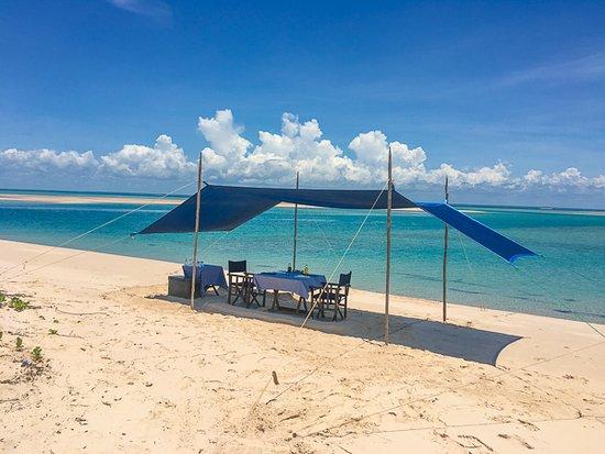 andBeyond Benguerra Island: Castaway picnic