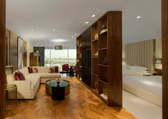 Grand Hyatt Dubai: Grand Deluxe Room with a Creek Side View