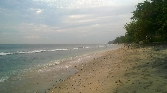 Qunci Villas Hotel: Peaceful beach