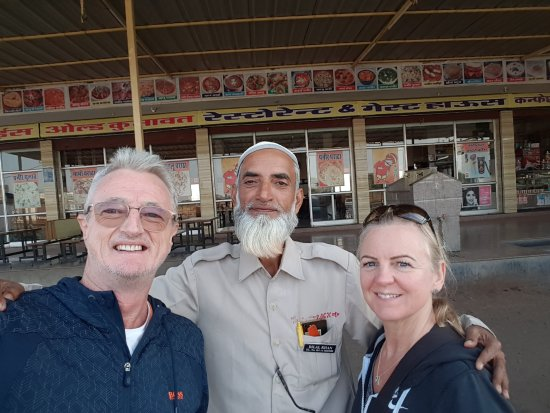 Janu Private Tours: Mr Bilal Khan, our wonderful host and driver