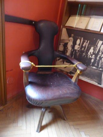 Sigmund Freud Museum: Custom Chair made for Freud