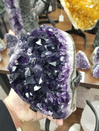 Landrum, SC: Everything from Silver Gemstone Jewelry to African hides to Rock Specimens from all over the wor