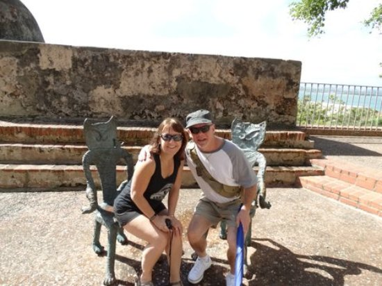 Charlieu0027s Custom Day Tours Puerto Rico: Cat Chairs In Old San Juan