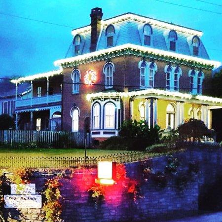 Greystone Manor: photo0.jpg