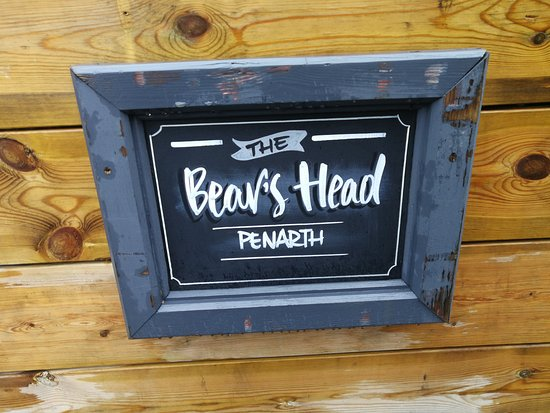The Bears Head: External signage
