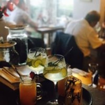 Borth-y-Gest, UK: fully licenced - delicious cocktails and mocktails