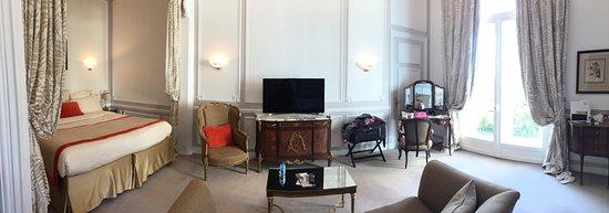 Hotel Regina Louvre: Our suite