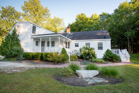 Guest Houses at Pineland Farms: Noyce Guest House
