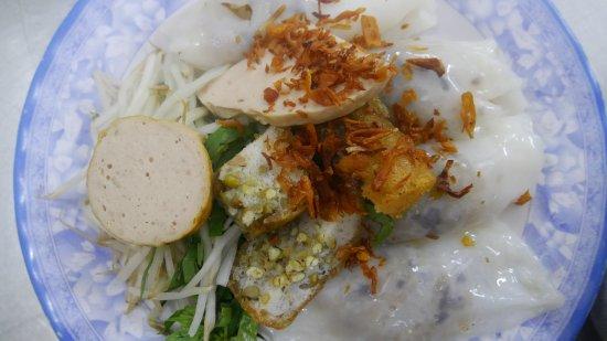 Vietnamese Street Food Tour: Food stop