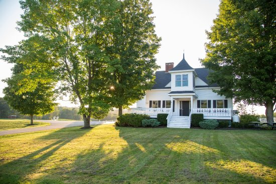 Guest Houses at Pineland Farms: Merrill Farm Guest House