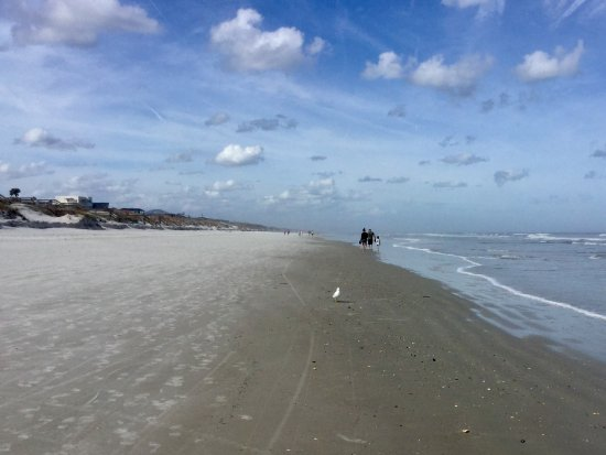 Crescent Beach, FL: Walking the beach