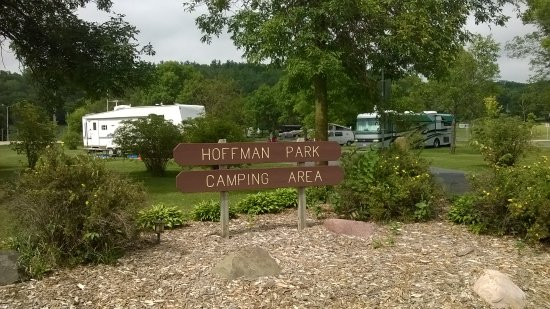 Hoffman Park: Entrance Sign