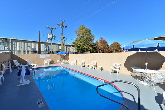 Brookhaven, Μισισιπής: Outdoor Pool