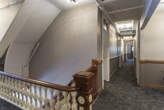 Northfield, MN: Hallway