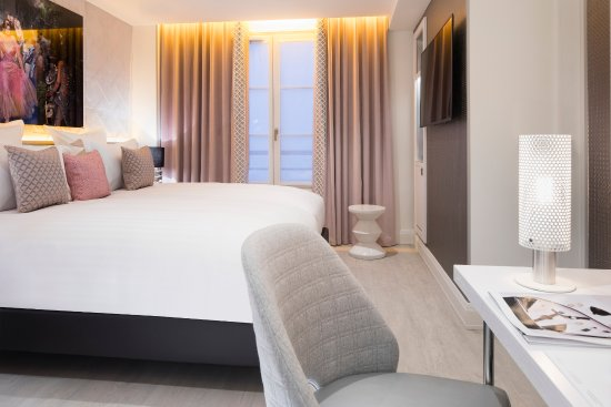 Hotel dress code spa parigi francia prezzi 2018 e for Hotel con spa parigi