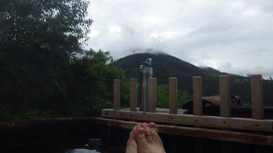 Casa Mojanda: Enjoying the hot tub