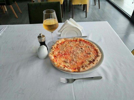 Kukes, Албания: Pizza#luginaedrinit