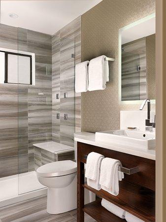 Best of Best Western Plus Inner Harbour e Bedroom Penthouse Bathroom with walk in tile shower Idea - New Bathroom Shower Tile Simple