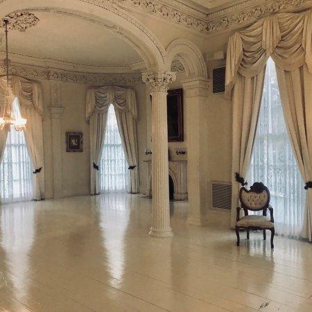 White Castle, LA: Nottoway plantation