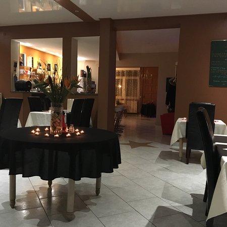 Dury, Frankreich: Magnifique st Valentin