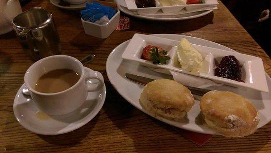 The Castle Inn: Afternon Tea