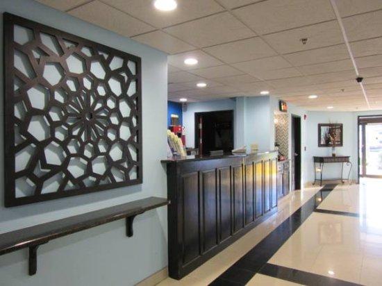 Travelodge Suites by Wyndham Savannah Pooler