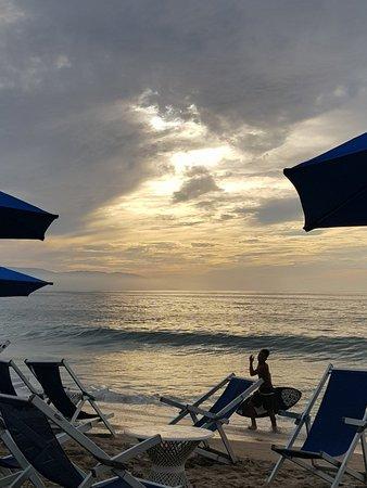 Blue Chairs Beach Club Restaurant & Bar: 20180210_175701_large.jpg