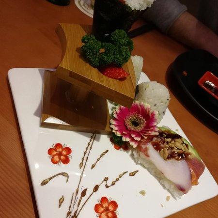 Sushi Restaurant Dortmund : sushi bar dortmund tripadvisor ~ Watch28wear.com Haus und Dekorationen