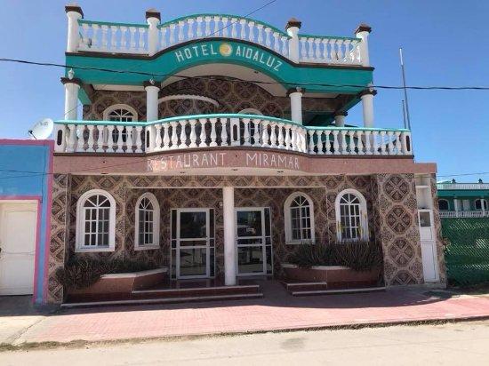 El Cuyo, México: getlstd_property_photo