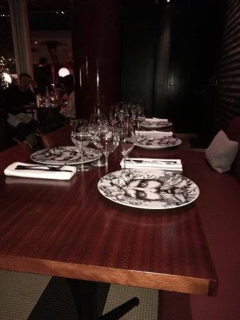 Les bains la salle manger paris restaurant avis num ro de t l phone photos tripadvisor - La salle a manger paris ...