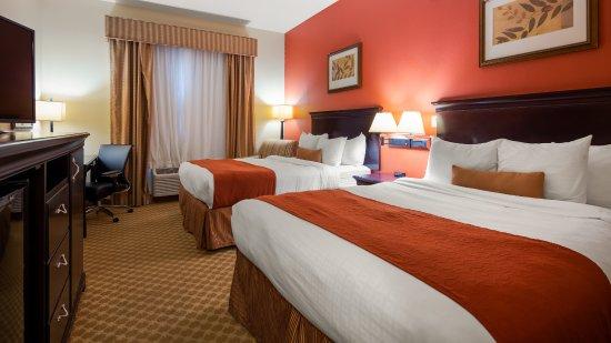 Best Western Plus First Coast Inn & Suites: Spacious Room