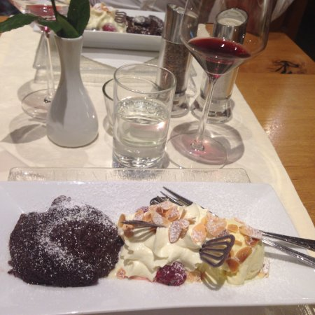Hotel Turna: Wunderbares Abendessen