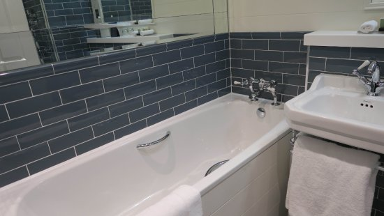 Mount Juliet Estate Kilkenny: Lovely Bathroom With Under Floor Heating